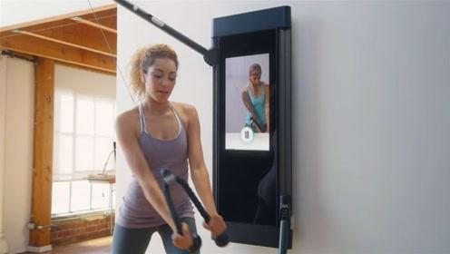 """世界上最小的""""健身房"""",一块板加俩把手,挂墙上却能减肉"""