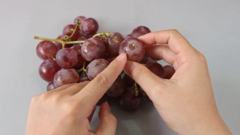 清洗葡萄忽略这一点,很容易对果肉造成污染,别不当个事,快学学