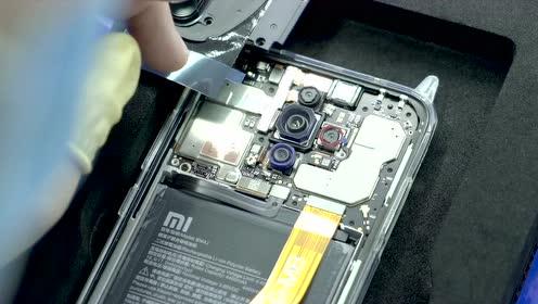 Redmi的6400万四摄手机工厂实拍