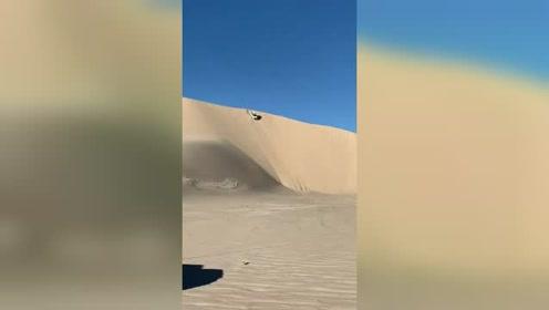 沙漠大坡,车好技术也得硬!