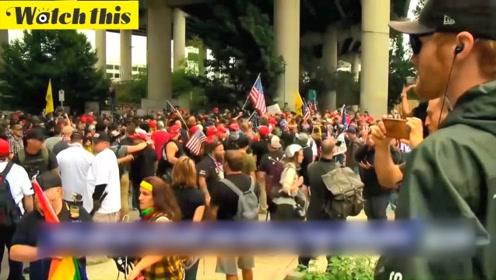 极右团体和无政府主义者街头对峙 警方出动千位防暴警察维持秩序