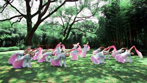 中国舞《海的追寻》一花一世界,一叶一追寻