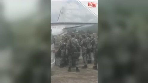 """中国赴老挝""""和平列车""""医疗队参与救援遭遇车祸同胞"""