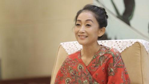 许晴宋佳只是不婚,而55岁高冷的她至今连恋爱都没谈过