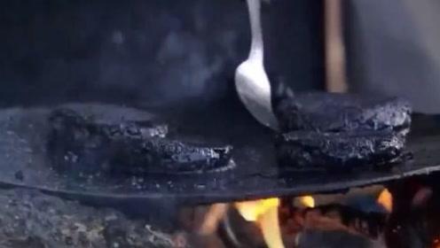非洲人捏的蚊子汉堡,一个包含50万只蚊子,美味可口你敢尝尝?