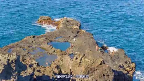 清凉无比的海浪,错乱不齐的礁石滩