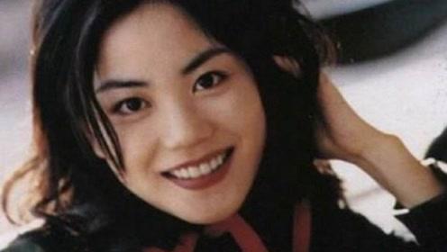 王菲21岁时短发照曝光,既有林青霞的英气,又有张柏芝的美艳