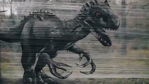 俄罗斯艺术家在森林中用保鲜膜作画 路人被逼真画作吓傻