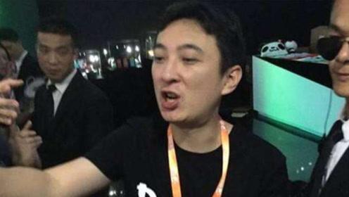 王思聪怒吼:我的钱没了!2500亿归零,王健林都没有办法!