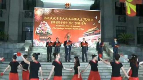 中国驻朝鲜使馆举行国庆招待会