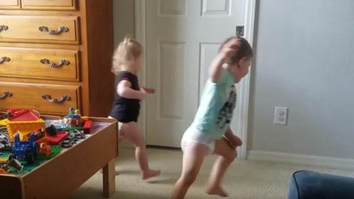 可爱宝宝:妹妹快来,爱的魔力转圈圈!