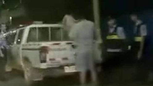 恶劣!殴打前妻被传唤,男子将4岁女儿扔上警车