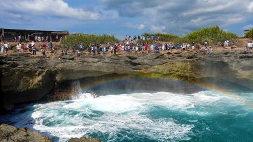 """巴厘岛各旅行社暂停中国游客""""恶魔眼泪""""观光 直至安全措施到位"""