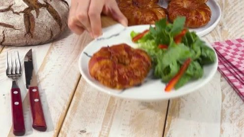 美味的菠萝洋葱搭配成了一道美味的甜甜圈