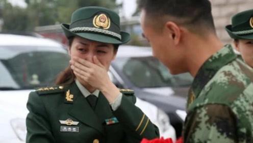 每年入伍女兵近十万,为什么退伍的却很少?退伍女兵说出了实情