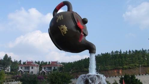 青岛悬空茶壶流水不断,被老外认为是魔术,游客:国人的智慧