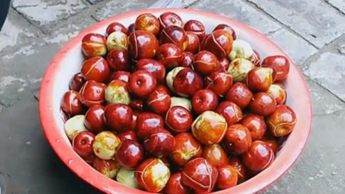 难道这就是传说中的歪瓜裂枣的裂枣,明眼人一看就知道很甜!