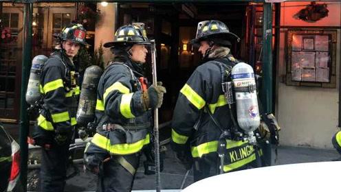 纽约时报广场建筑着火,凯悦酒店客人紧急撤离,3人受伤