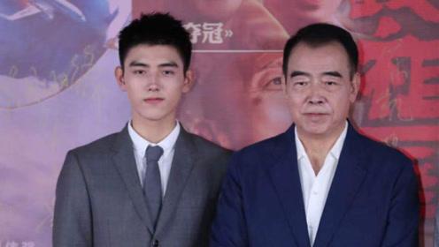 陈飞宇出演国庆档大电影,外籍身份惹争议,网友:心里不舒服