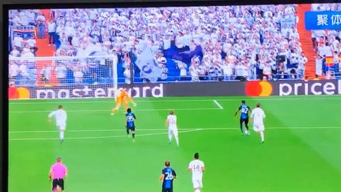 皇马在欧冠小组赛面对布鲁日的丢球证明,拉莫斯和库尔图瓦是没用的