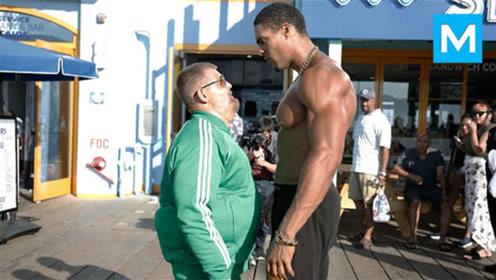 美国肌肉男伪装成大胖子,在健身器材上狂虐高手,场面极其震撼