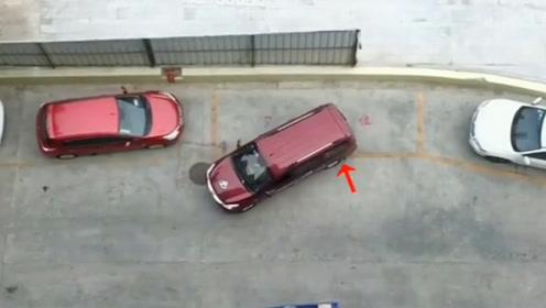 现实侧方停车 这个可以给满分 停不好的来学学