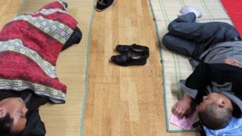 为何日本人有床不睡,偏要睡在地上呢?看完涨知识了