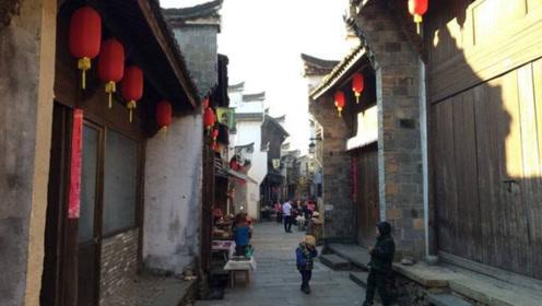 浙江一古镇,全镇四千余人,为何却有100多个姓氏、9种方言?