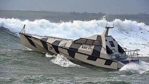 一款真正翻不了的船,怎么翻它都能正过来,称为海上不倒翁!