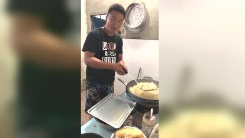 今天早上长工给我煮的饺子!