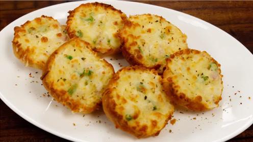 大厨教你自制大蒜面包,经过烘焙,可口酥脆让人直呼好吃!