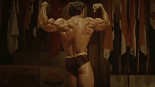 自然健身练出来的肌肉,与药物健美练出来的肌肉,差距到底有多大?