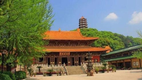 """中国最""""纯净""""的寺庙,门票吃喝全免费,但这种女人会被限制进入"""