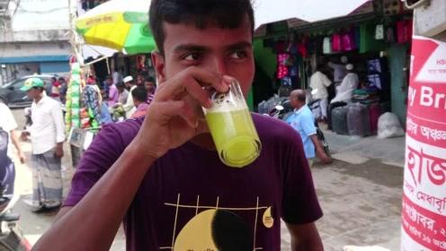 看看印度人怎么榨甘蔗汁?清凉爽口美美的喝一杯