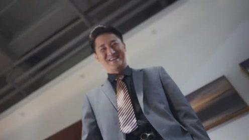 《在远方》吴晓光狞笑着抱起霍梅进了房间,霍梅遇到伪君子有危险了