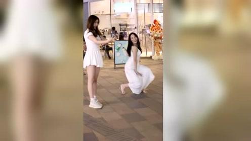 是不是所有网红小姐姐都会跳舞?这舞姿给80分多吗?