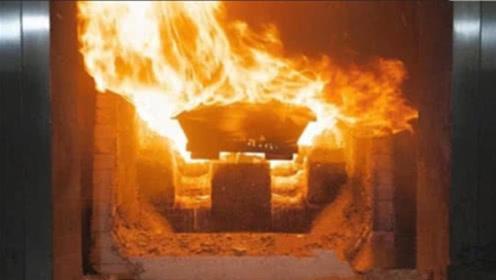 火葬场的焚烧炉,真的能把人烧成灰?别再被电视剧给骗了!