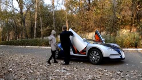 输在起跑线:小土豪拥有价值20万的玩具车,开上路回头率百分百
