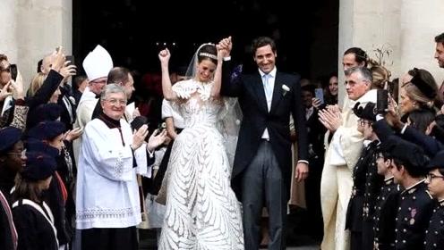 拿破仑后裔结婚,新娘穿树叶婚纱不输梅根,嫁给爱情的样子真美