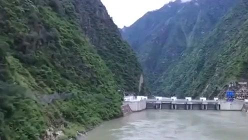 世界瞩目的中国基建,大坝的建造简直是太科幻了!