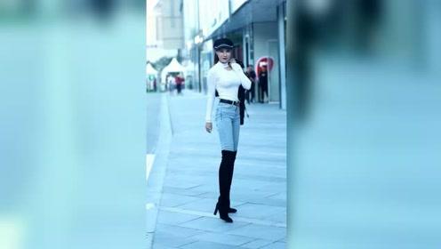 街头遇到穿长筒靴的姑娘,身材这么好,不知道月薪多少才能配得上?