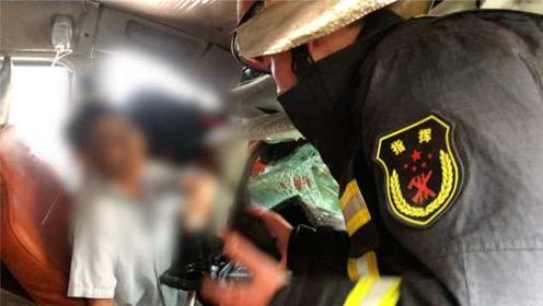 2车相撞货车司机被夹驾驶室身体发抖,消防:你现在不能睡!