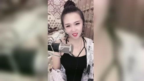 《你是我的人》美女唱得不错,歌美人美!