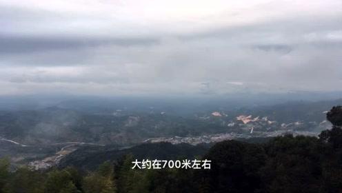 艰辛!福建山区村民在高山种植致富