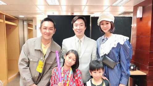 陈浩民老婆P图手太重 64岁费玉清减龄20年