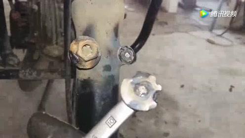 路边找的电焊工焊接摩托车,感觉有点不对劲,细看气坏了
