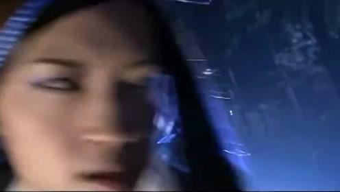 神雕侠侣:黄药师让小女孩上去打女魔头,这两巴掌打得真响,厉害