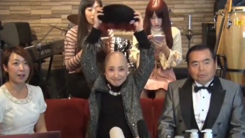 日本女子从小患怪病,每天以拔头发为乐,硬生生把自己拔成秃头!