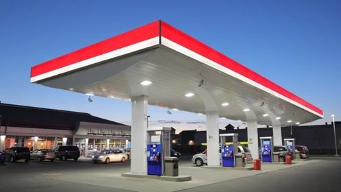 加油站的油都藏在哪里?看老外的3D动画详解,简直一目了然!
