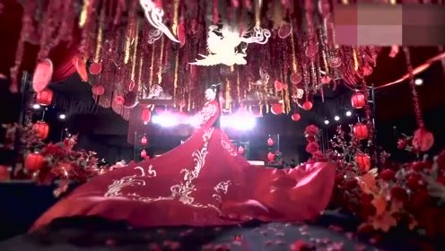 好美的汉服嫁衣,这是每个女孩梦想的婚礼吧,真羡慕新娘子